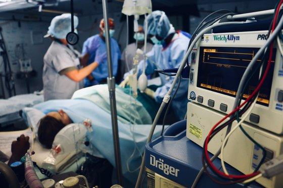 Хирургичните операции са рисков фактор за тромбофлебит (дълбока венозна тромбоза)